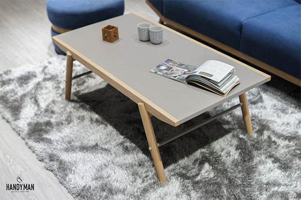 Đây là mẫu bàn được thiết kế theo phong cách tối giản nhưng rất bắt mắt